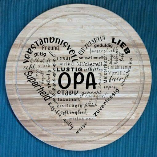 Herz aus Text Opa - Schneidebrett aus Bambus, 30 cm