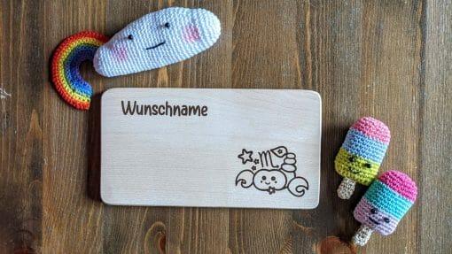 Frühstücksbrettchen / Kinderbrett aus Holz / Sternzeichen Skorpion / graviert und personalisiert