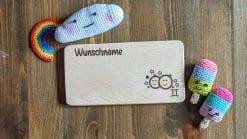 Frühstücksbrettchen / Kinderbrett aus Holz / Sternzeichen Zwilling / graviert und personalisiert