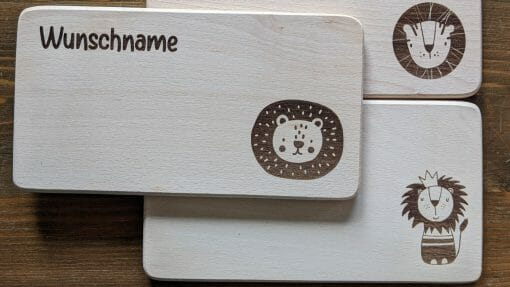 Frühstücksbretter / Kinderbretter aus Holz / Tiere Löwen / graviert und personalisiert